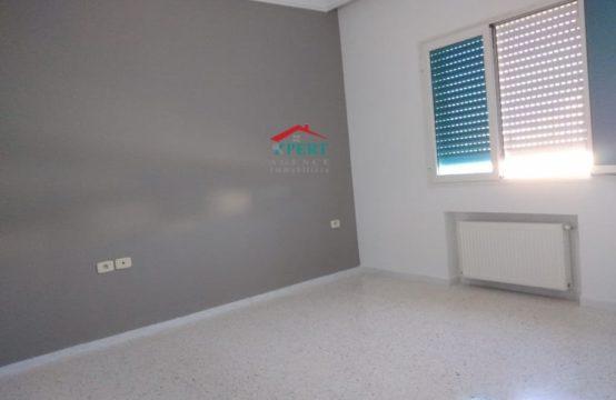 un étage de villa S 2 à khzema Est sans meuble tout neuf