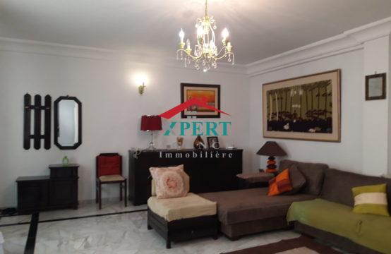 Appartement 135m², Cuisine équipée, Terrasse, Sahloul