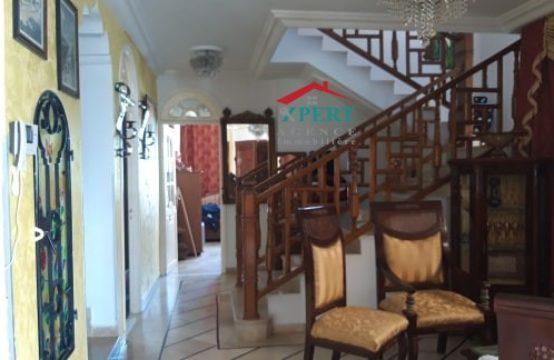 villa triplex dans un quartier résidentiel à Bouhsina
