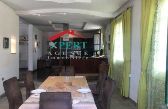 une villa duplex S 4 à Khezama Ouest