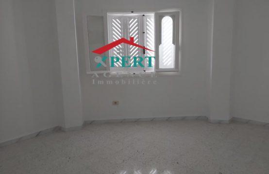 Appartement 144m², Cuisine équipée, Avenue Khezama