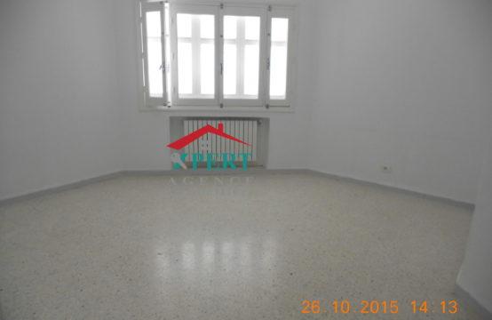 Etage de villa S2 à Khezama