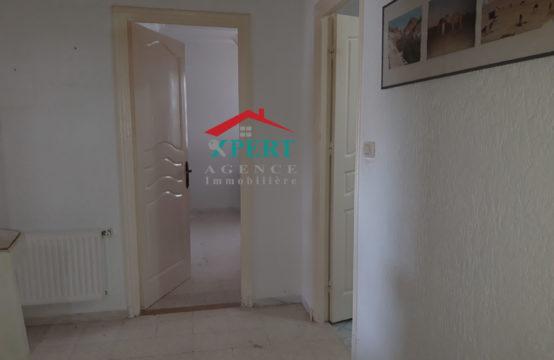 Villa de moyen standing 400m² à Khzema ouest